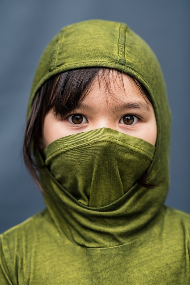 Young girl with mask during Alameda School Portraits